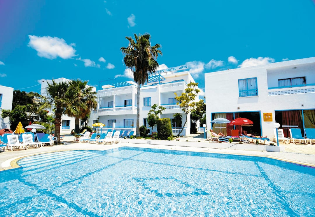 Holiday to Kefalonitis Apartments in PAPHOS (CYPRUS) for 7 nights (SC) departing from luton on 03 Apr