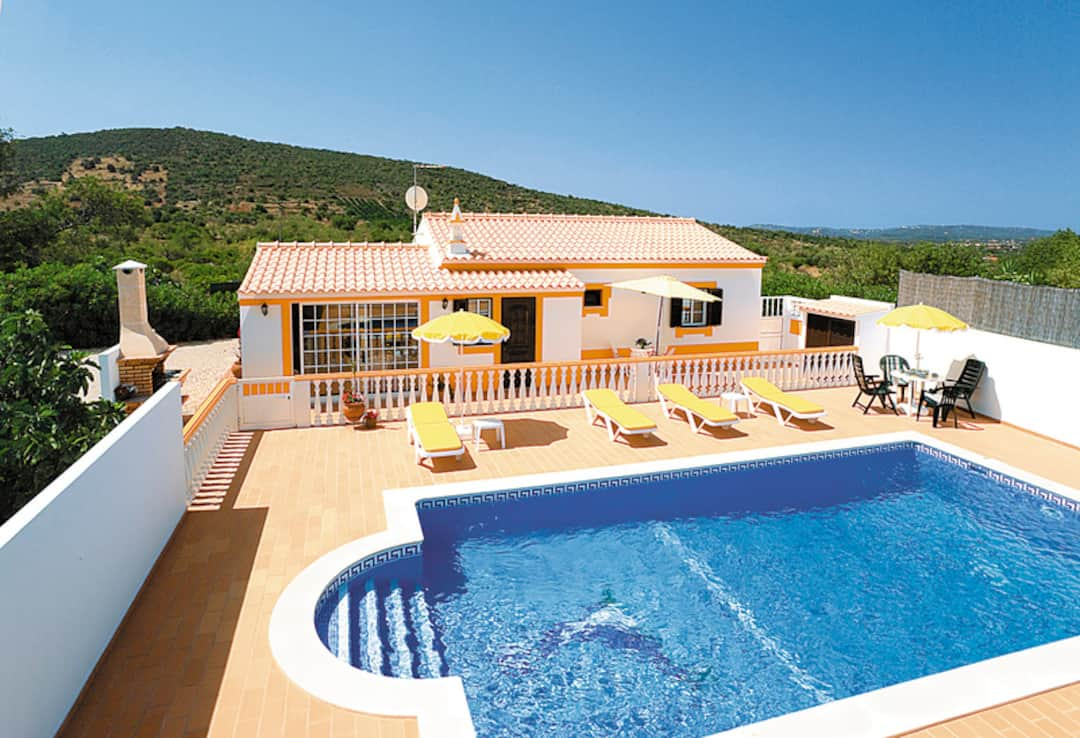 Holiday to Tonico Villa in ALTE (PORTUGAL) for 7 nights (SC) departing from east midlands on 06 Oct