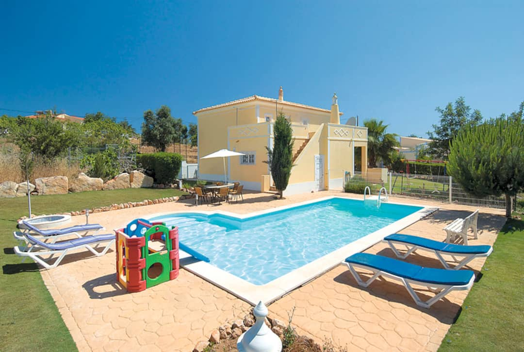 Holiday to Nascente Villa in GUIA (PORTUGAL) for 7 nights (SC) departing from manchester on 10 May