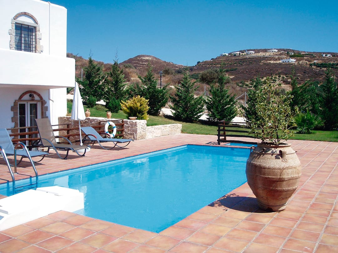 Holiday to Knossos Villa in KAMILARI (GREECE) for 7 nights (SC) departing from birmingham on 06 Oct