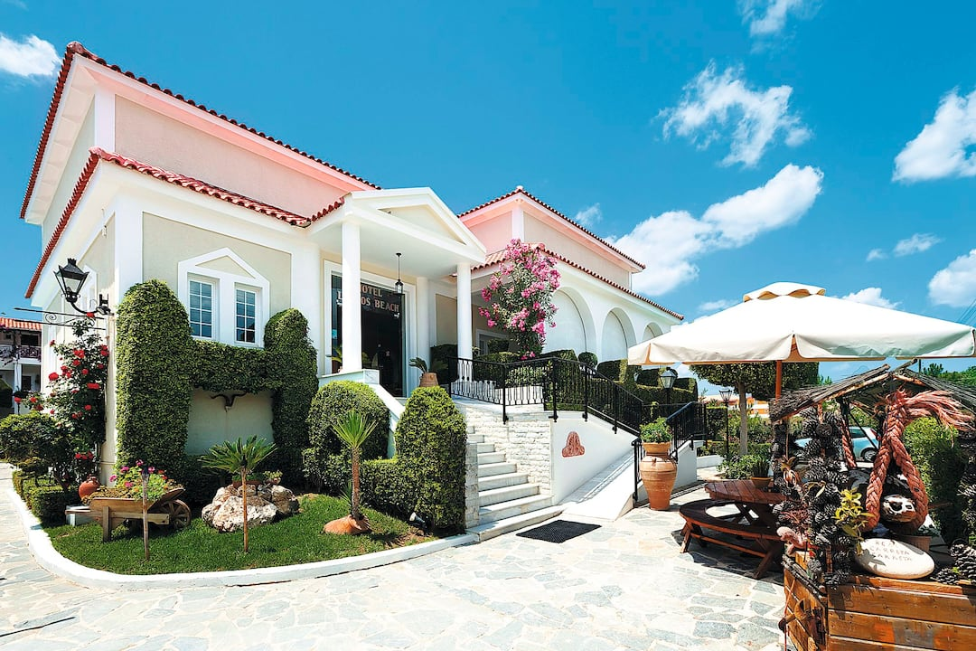 Holiday to Louros Beach Hotel in KALAMAKI (GREECE) for 3 nights (BB) departing from newcastle on 21 May