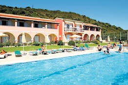 Costas Golden Beach Hotel