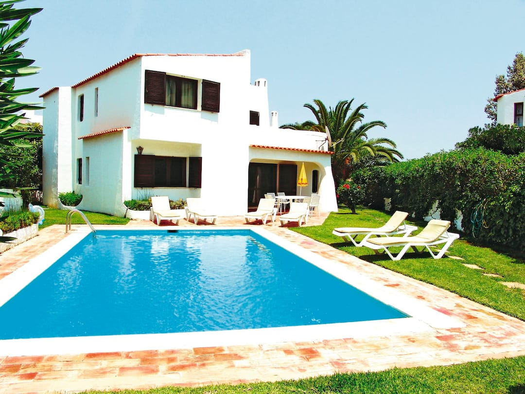 Holiday to Jacaranda Villa in ALBUFEIRA (PORTUGAL) for 7 nights (SC) departing from manchester on 10 May