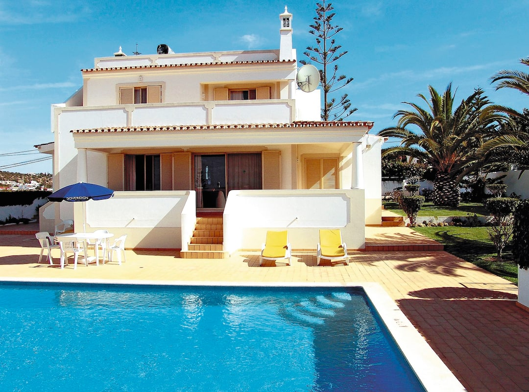 Holiday to Isabel Villa in VALE DE PARRA (PORTUGAL) for 7 nights (SC) departing from east midlands on 02 Jun