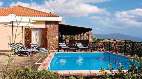 villa holidays thomson now tui
