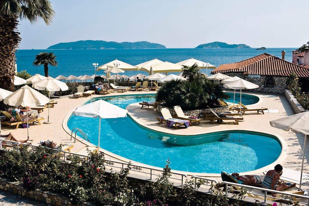 Holiday to Esperides Beach Hotel in ACHLADIES BAY (GREECE) for 3 nights (HB) departing from manchester on 21 May