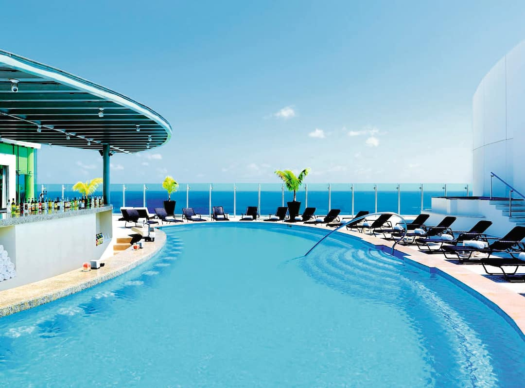 Holiday to Beach Palace Cancun in CANCUN (MEXICO) for 7 nights (AI) departing from gatwick on 15 Sep