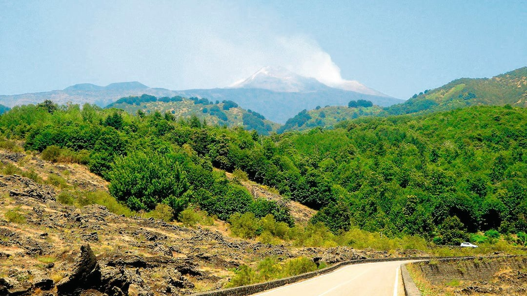 mount etna history and overview The geologic history of mount etna demonstrates that it has been periodically  spewing ash and lava for thousands of years the first recorded eruption of the.