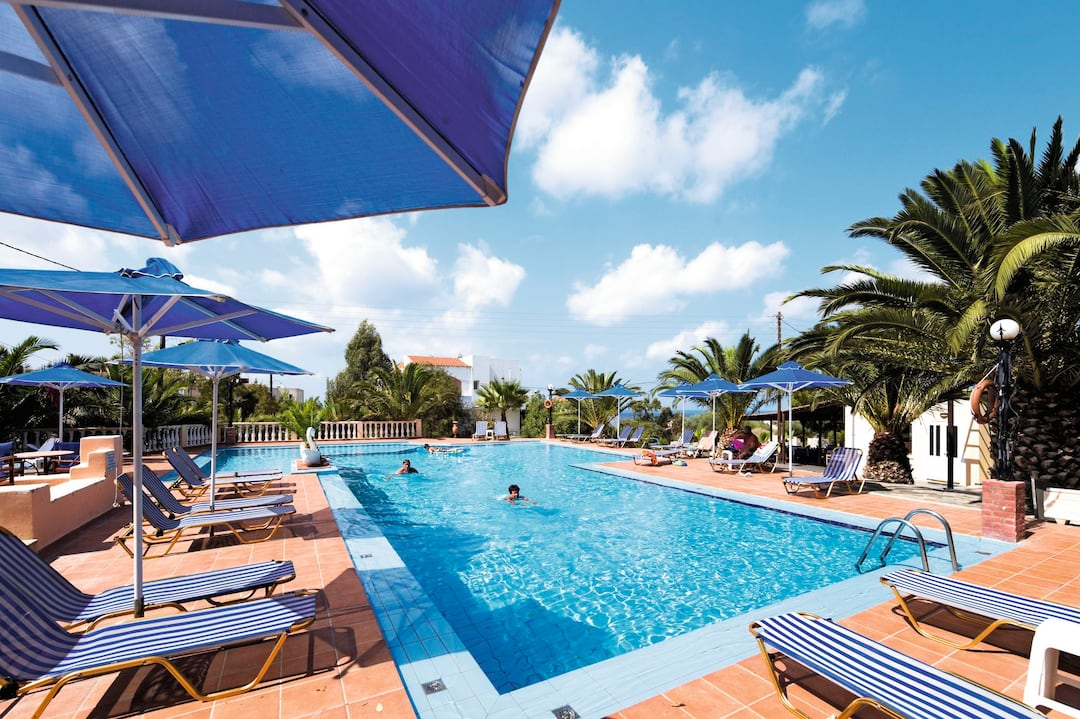 Holiday to Tersanas Village Apartments in HORAFAKIA (GREECE) for 7 nights (SC) departing from gatwick on 05 May