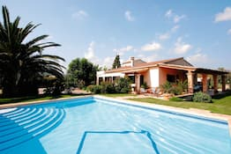 Holiday to Ca'n Perello Villa in POLLENSA (SPAIN) for 7 nights (SC) departing from LTN on 29 Sep