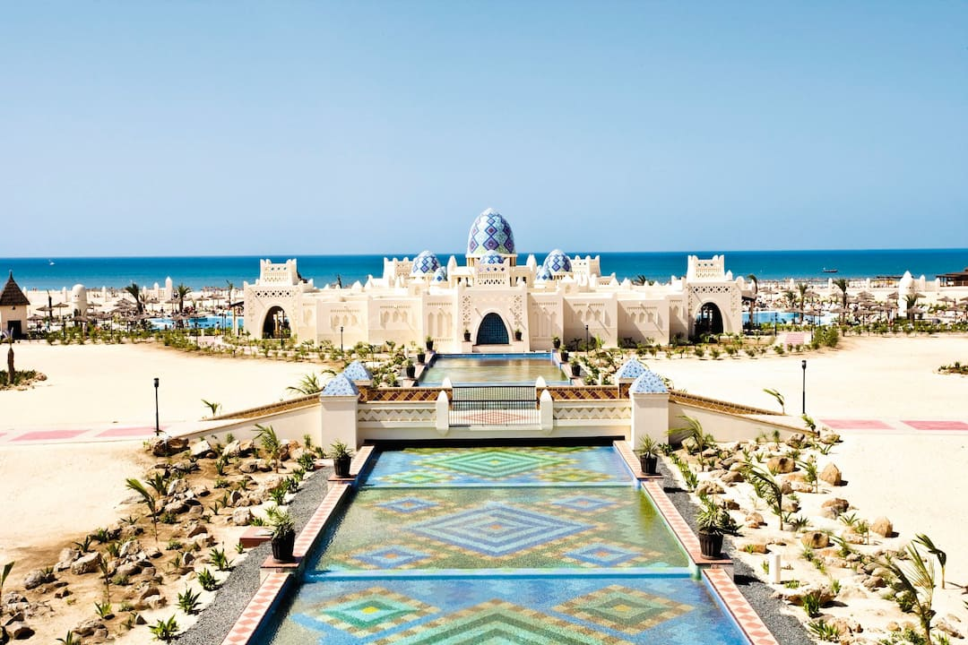 Holiday to Riu Karamboa in BOA VISTA (CAPE VERDE) for 7 nights (AI) departing from gatwick on 26 Apr