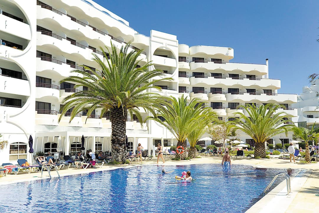 Holiday to Vila Gale Cerro Alagoa in ALBUFEIRA (PORTUGAL) for 7 nights (BB) departing from east midlands on 07 May