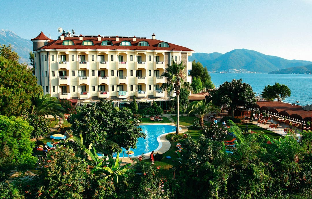 Holiday to Mutlu Beach Hotel in CALIS BEACH (TURKEY) for 7 nights (BB) departing from gatwick on 04 Jun