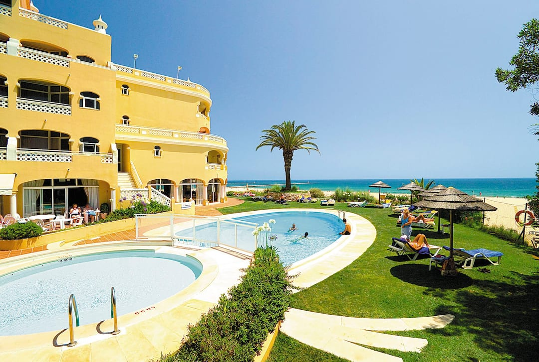 Holiday to Hotel Oriental in PRAIA DA ROCHA (PORTUGAL) for 7 nights (HB) departing from east midlands on 07 May