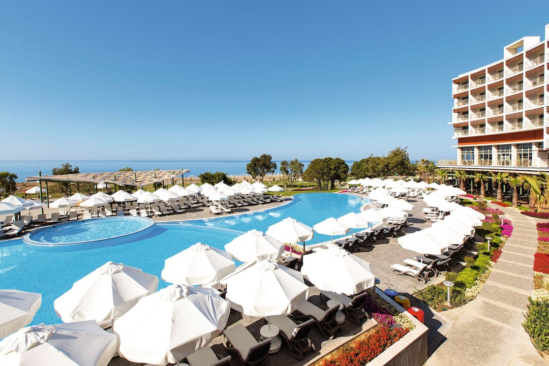 Holiday to Tui Sensatori Resort Barut Sorgun in SIDE (TURKEY) for 3 nights (AI) departing from gatwick on 25 Jun