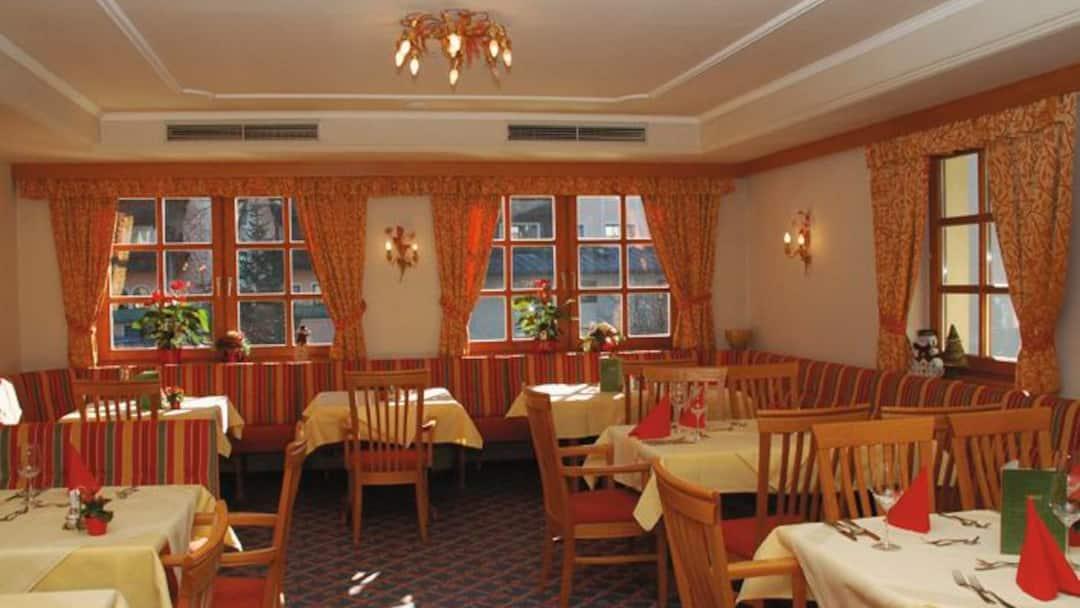 Hotel rauscher paracelsus bad hofgastein crystal ski for Small hotel groups