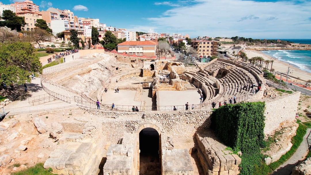 Explore the ruins of tarragona first choice - Tolder tarragona ...