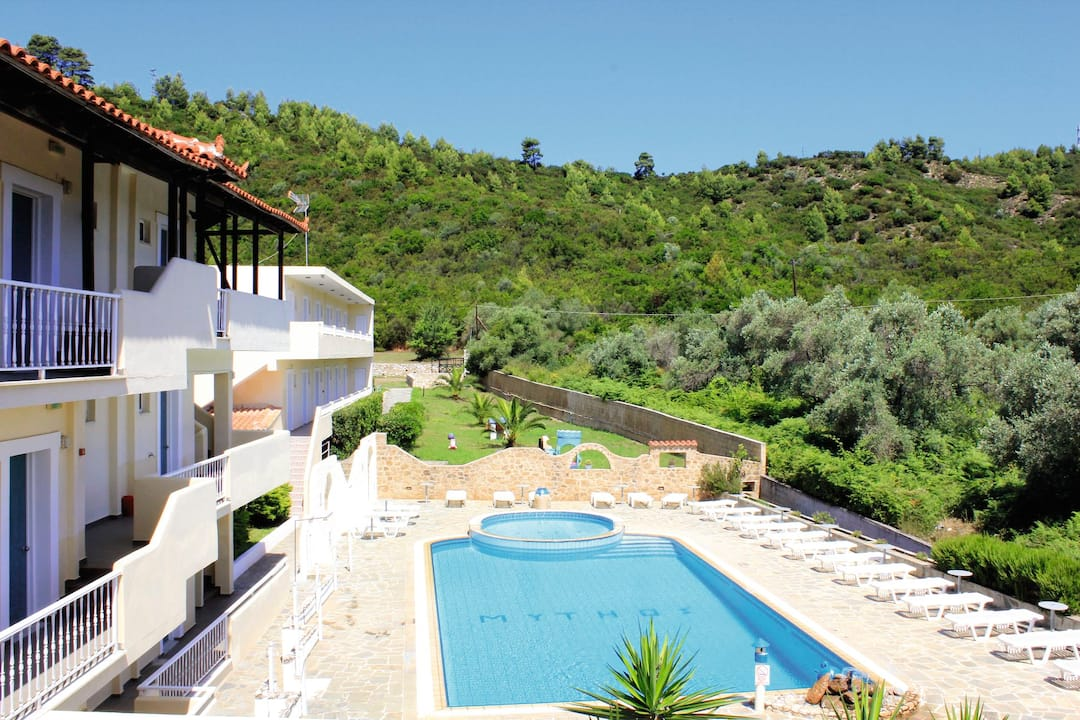 Holiday to Mythos Apartment in TROULOS (GREECE) for 3 nights (SC) departing from birmingham on 19 May