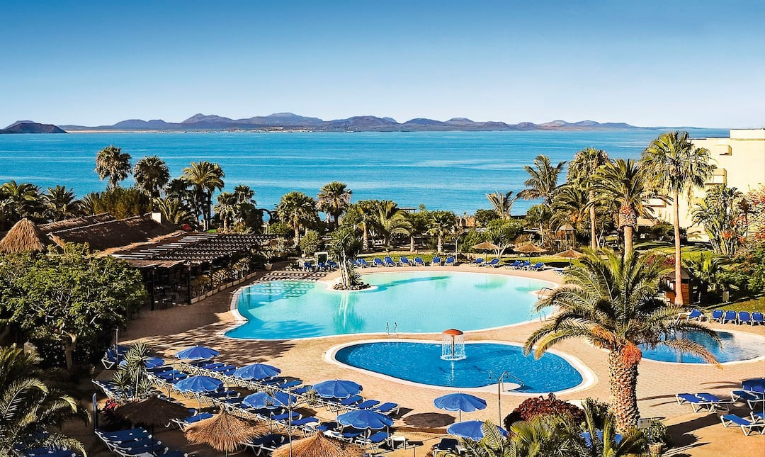 Holiday to Hesperia Playa Dorada in PLAYA BLANCA (SPAIN) for 3 nights (HB) departing from luton on 07 May