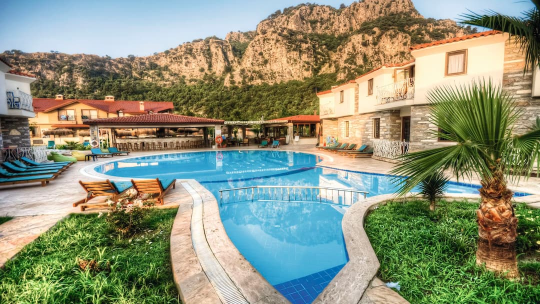 Holiday to Calypso Plus Hotel in DALYAN (TURKEY) for 7 nights (BB) departing from manchester on 01 Jun