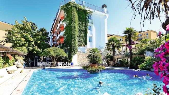 Hotel milton in lido di jesolo thomson now tui for Hotel milton milano italy