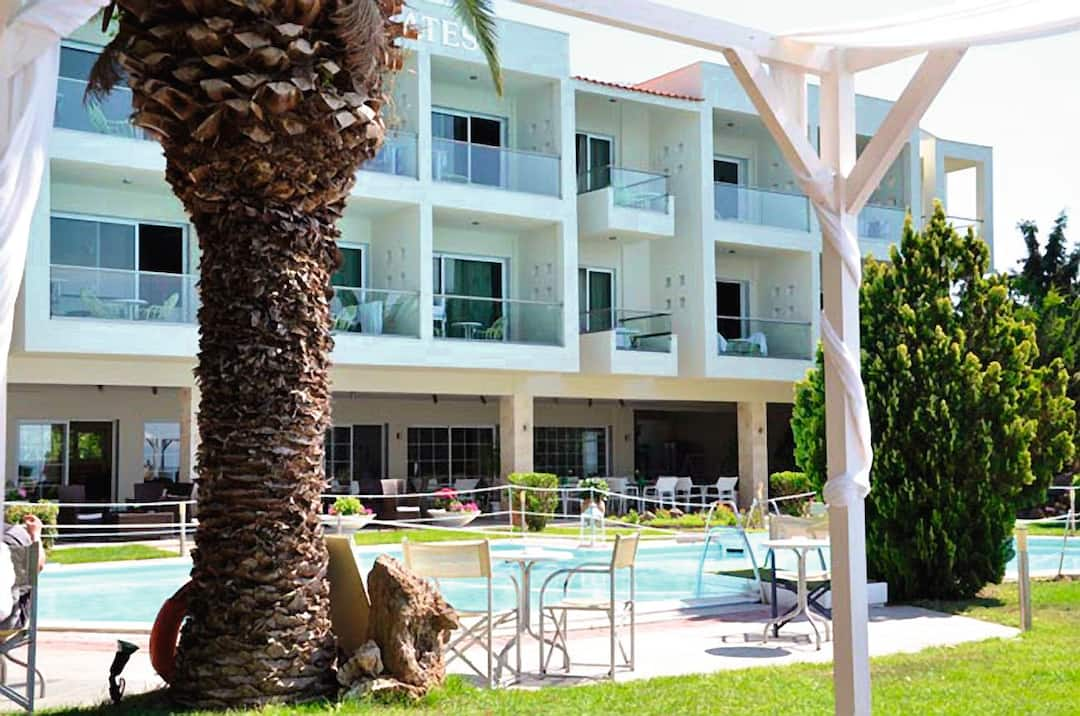 Holiday to Socrates Plaza in SKALA PRINOU (GREECE) for 3 nights (HB) departing from gatwick on 19 May
