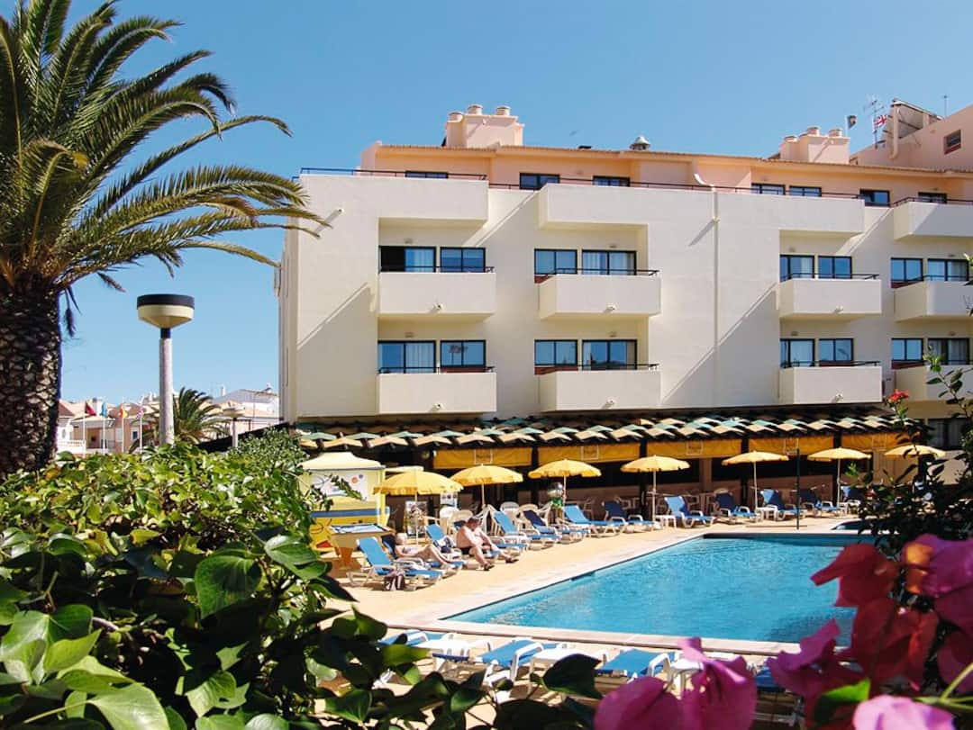 Holiday to Oceanus Aparthotel in OLHOS DAGUA (PORTUGAL) for 7 nights (SC) departing from east midlands on 07 May