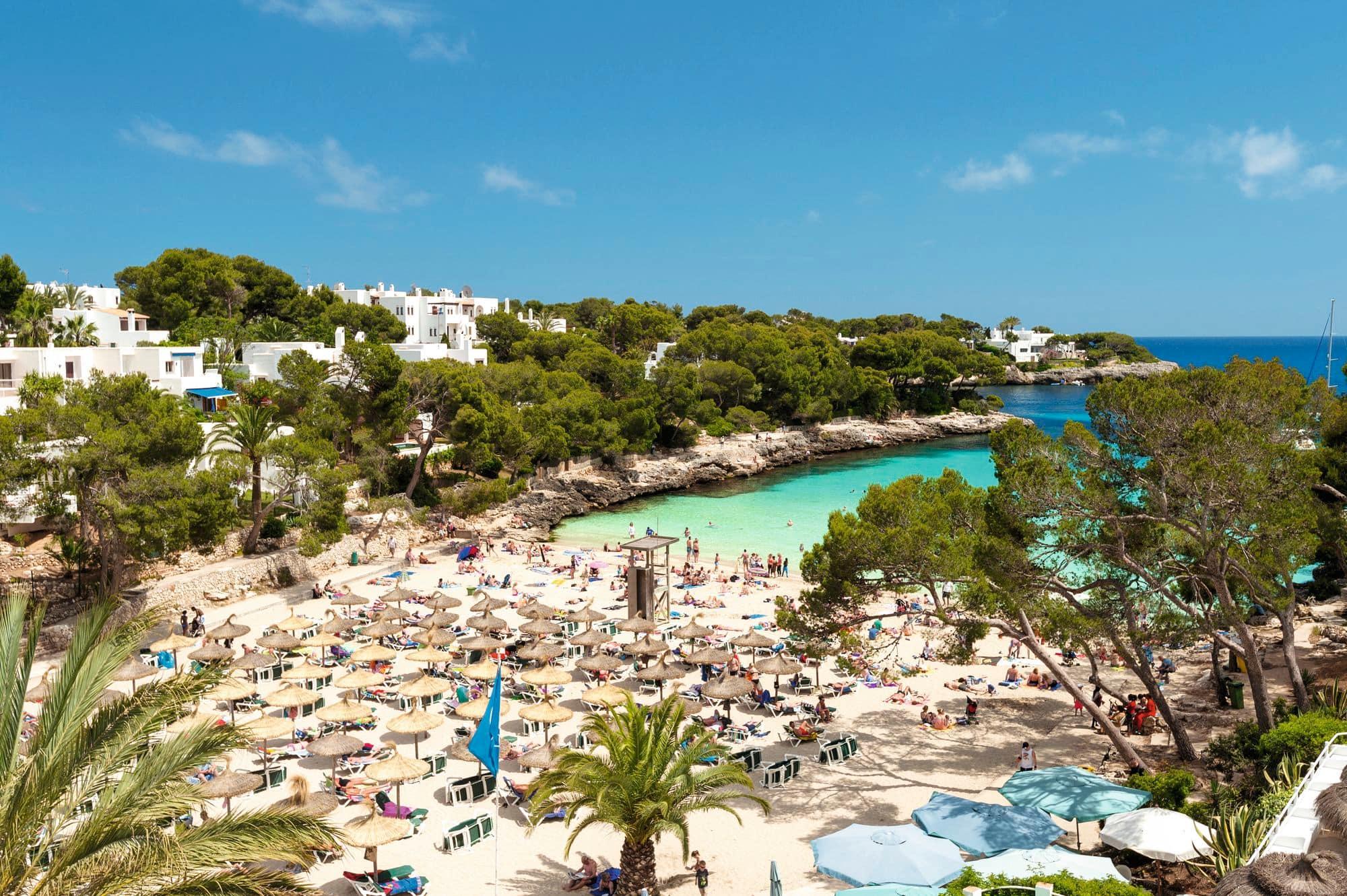 Cala egos mallorca piscina natural awesome outside hotel for Cala egos piscina natural