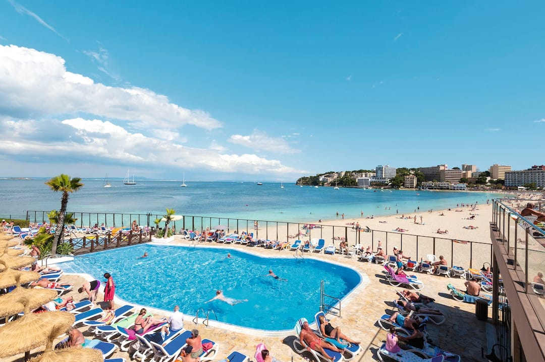 Holiday to Globales Santa Lucia in PALMA NOVA (SPAIN) for 4 nights (HB) departing from gatwick on 29 Mar