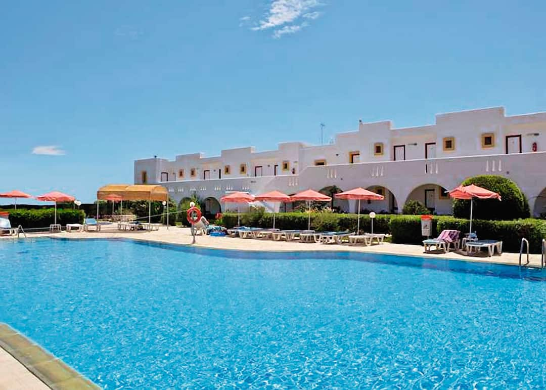 Holiday to Sunny View Hotel in KARDAMENA (GREECE) for 7 nights (BB) departing from stansted on 25 Sep