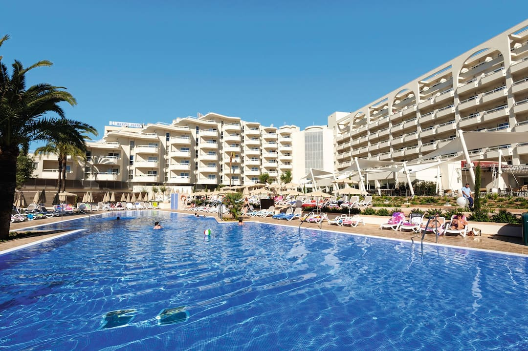 Holiday to Family Life Coma Gran in SA COMA (SPAIN) for 3 nights (HB) departing from manchester on 04 May