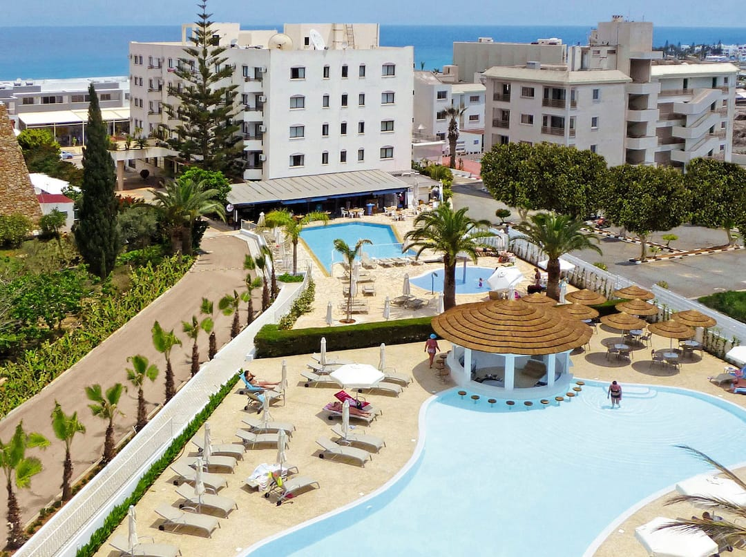 Holiday to Sunrise Gardens in PROTARAS (CYPRUS) for 3 nights (HB) departing from gatwick on 18 Apr