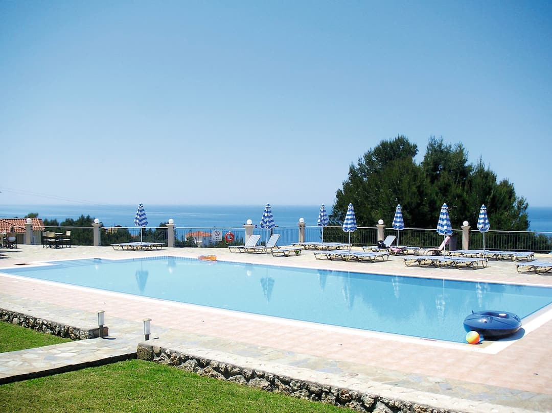 Holiday to Panorama in LASSI (GREECE) for 4 nights (SC) departing from birmingham on 12 May