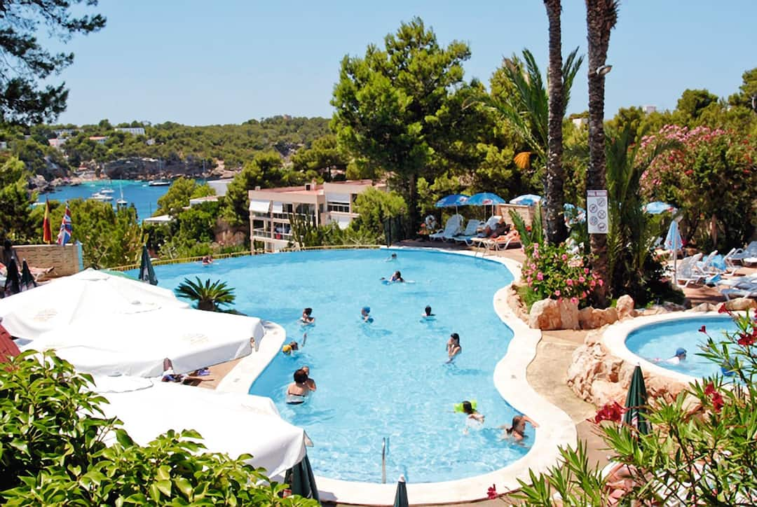 Holiday to Apartamentos Del Rey in PORTINATX (SPAIN) for 3 nights (SC) departing from stansted on 05 Jun