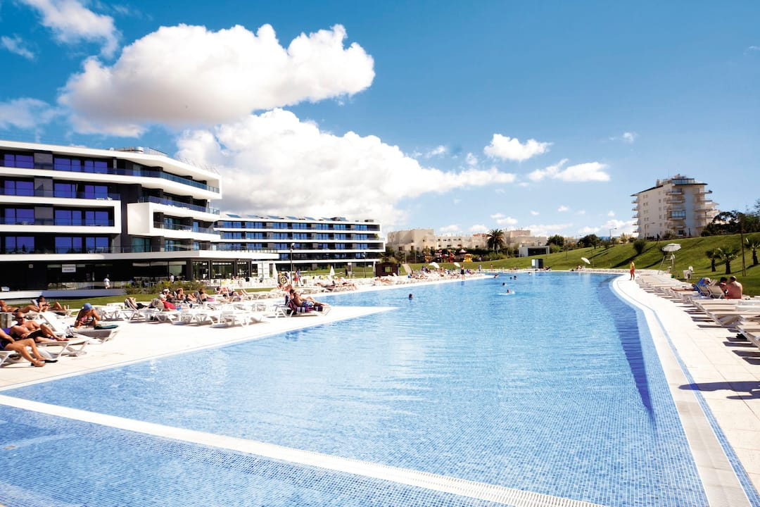 Holiday to Alvor Baia in ALVOR (PORTUGAL) for 7 nights (AI) departing from gatwick on 14 Oct