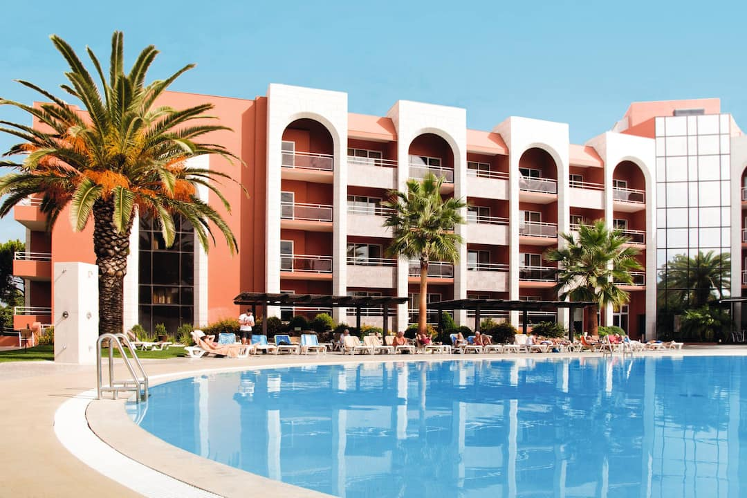 Holiday to Falesia Hotel in ACOTEIAS (PORTUGAL) for 3 nights (HB) departing from stansted on 03 Oct
