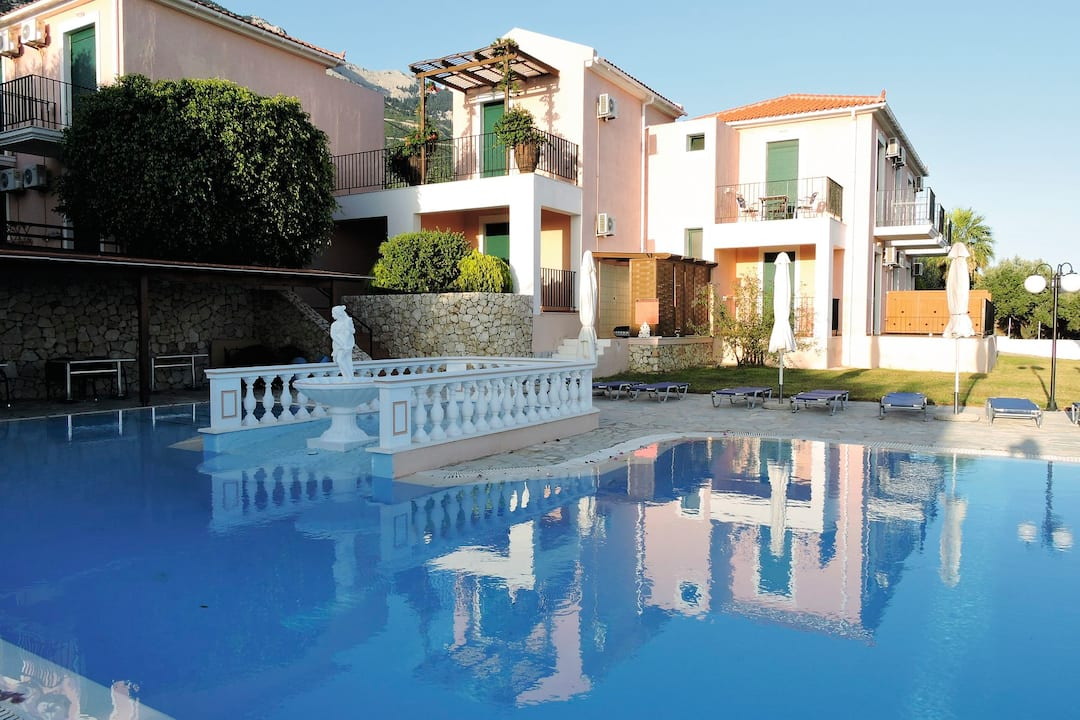 Holiday to Aristomenis in LOURDAS (GREECE) for 3 nights (SC) departing from birmingham on 16 May