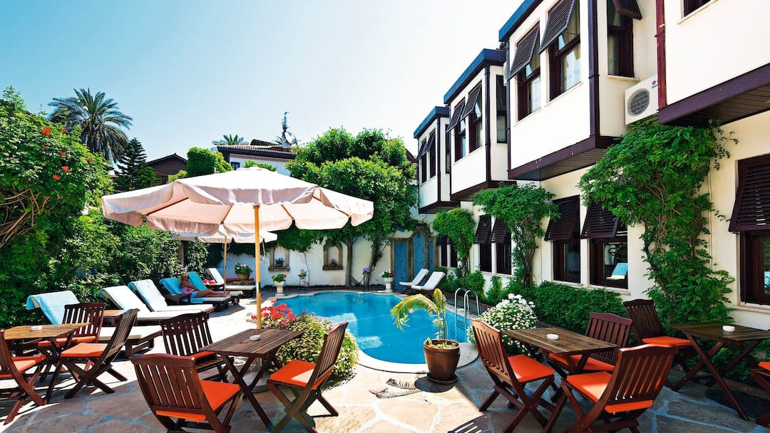 Holiday to Aspen Hotel in ANTALYA (TURKEY) for 3 nights (BB) departing from manchester on 04 Jun