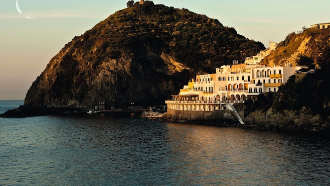 Miramare sea resort spa in ischia thomson now tui for Southern wisconsin fishing resorts