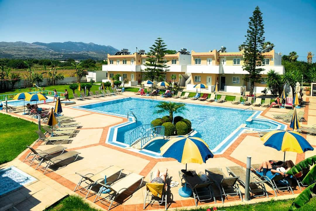Holiday to Lenaki Apartments in KOS TOWN (GREECE) for 3 nights (SC) departing from birmingham on 25 Sep