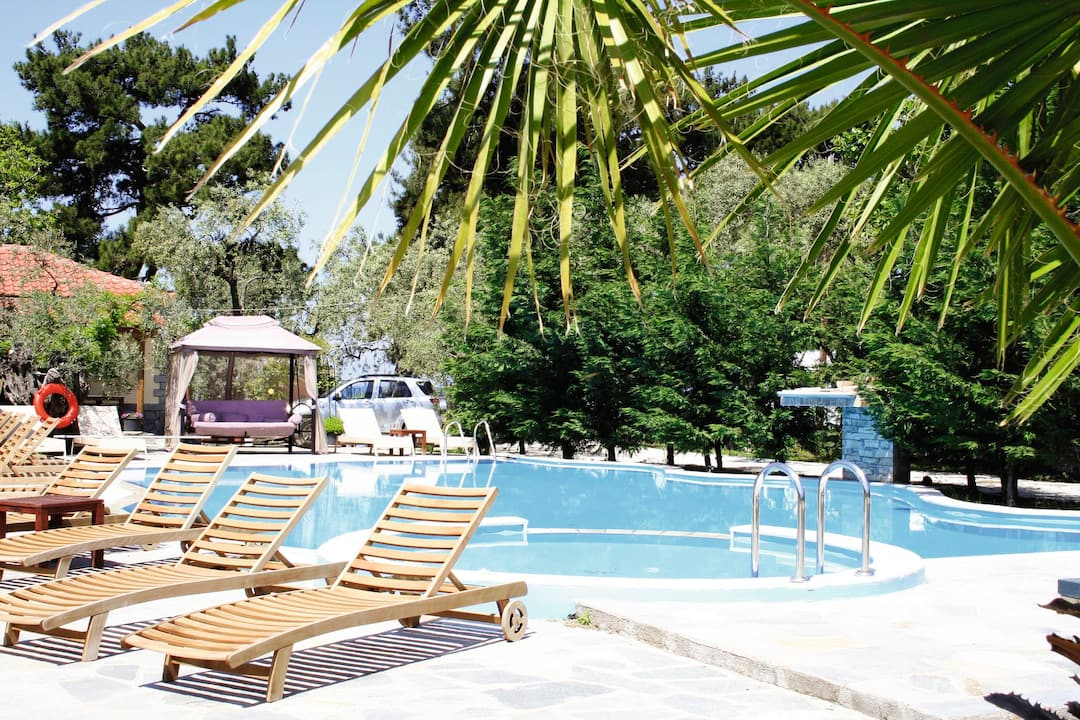 Holiday to Zafira Studios in SKALA RAHONI (GREECE) for 3 nights (HB) departing from gatwick on 19 May
