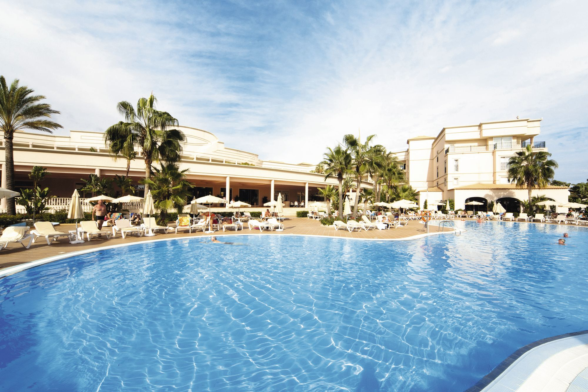Holiday to Tui Blue Falesia Atlantic in OLHOS DAGUA (PORTUGAL) for 3 nights (HB) departing from stansted on 16 May