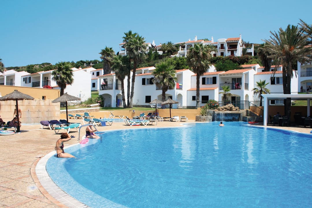 Holiday to Trh Tirant Playa in PLAYAS DE FORNELLS (SPAIN) for 4 nights (SC) departing from stansted on 14 Oct