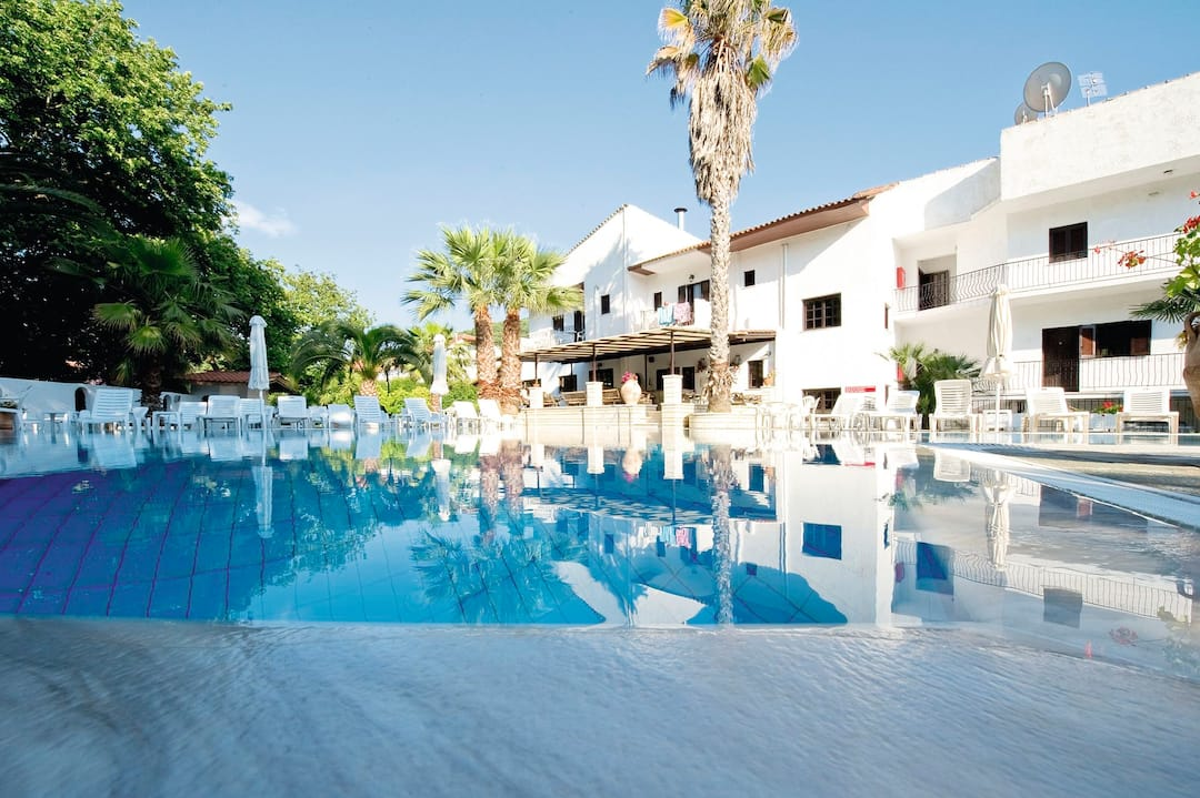 Holiday to Alfa Hotel in PARGA (GREECE) for 4 nights (BB) departing from gatwick on 18 Sep