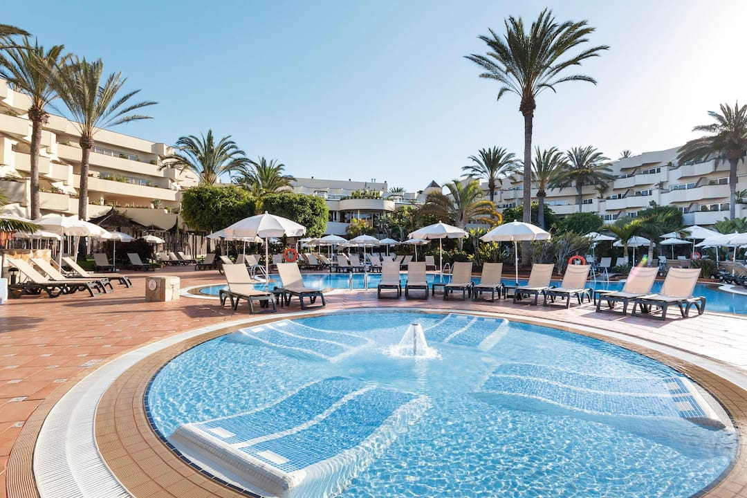Holiday to Barcelo Corralejo Bay in CORRALEJO (SPAIN) for 3 nights (HB) departing from manchester on 06 Jun