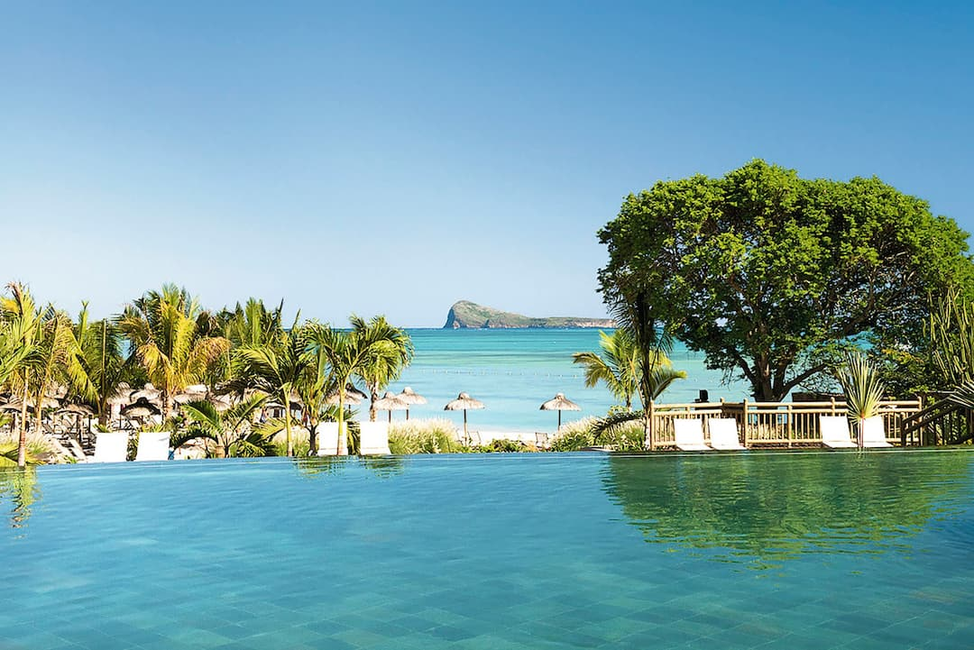 Holiday to Zilwa Attitude in CALODYNE (MAURITIUS) for 7 nights (AI) departing from gatwick on 17 Nov