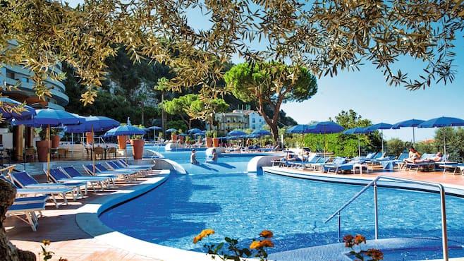 Sorrento Bc Hotels