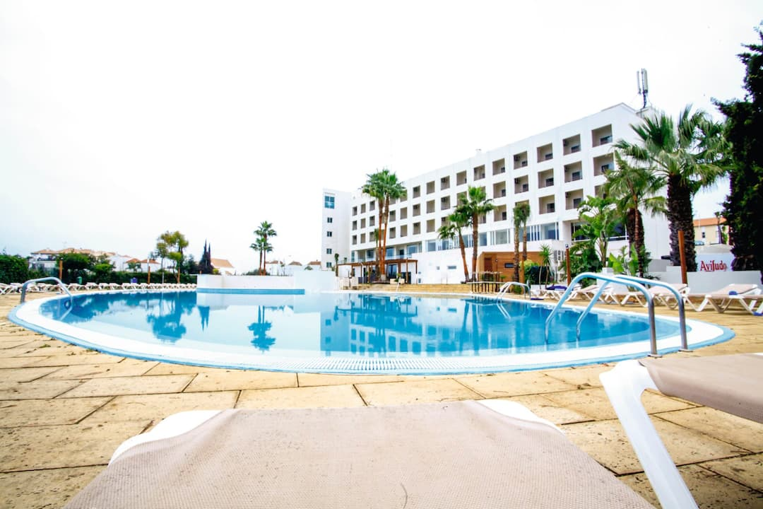 Holiday to Maria Nova Lounge Hotel in TAVIRA (PORTUGAL) for 7 nights (BB) departing from birmingham on 17 Oct