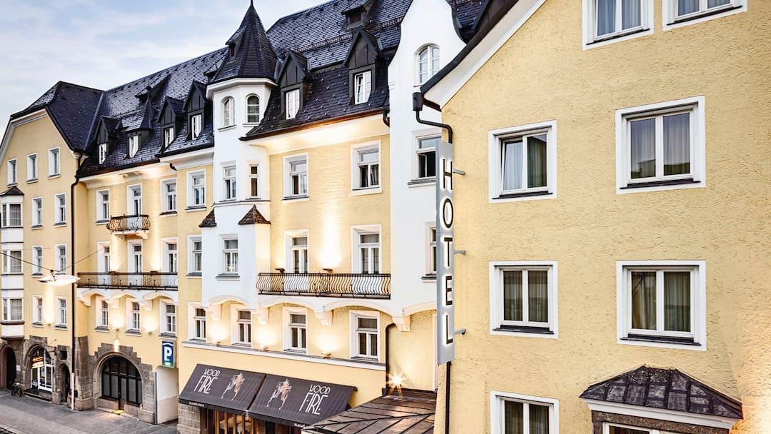 Hotel grauer b r innsbruck crystal ski for Innsbruck design hotel