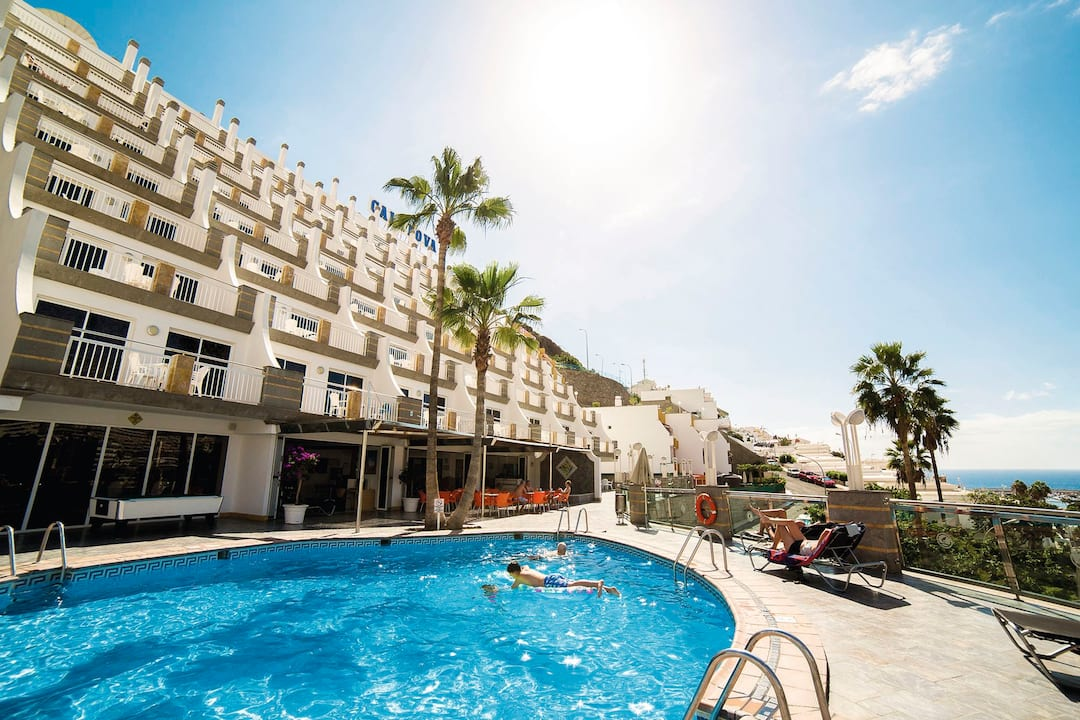 Holiday to Cala Nova in PUERTO RICO (SPAIN) for 3 nights (SC) departing from gatwick on 02 Dec